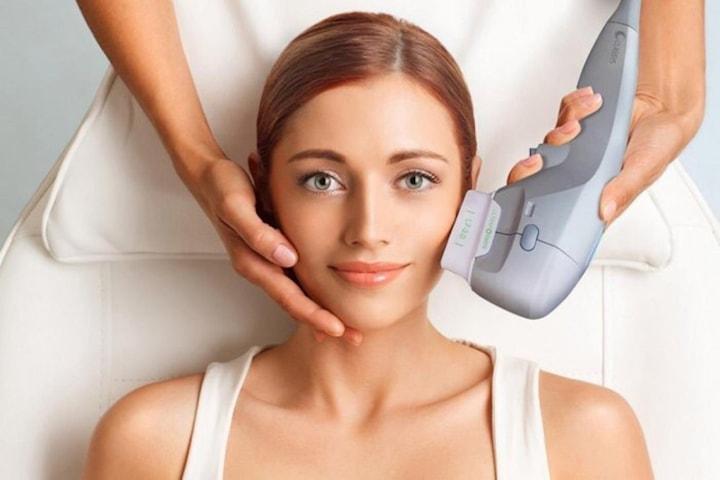 Strama åt hud och reducera fett med HIFU