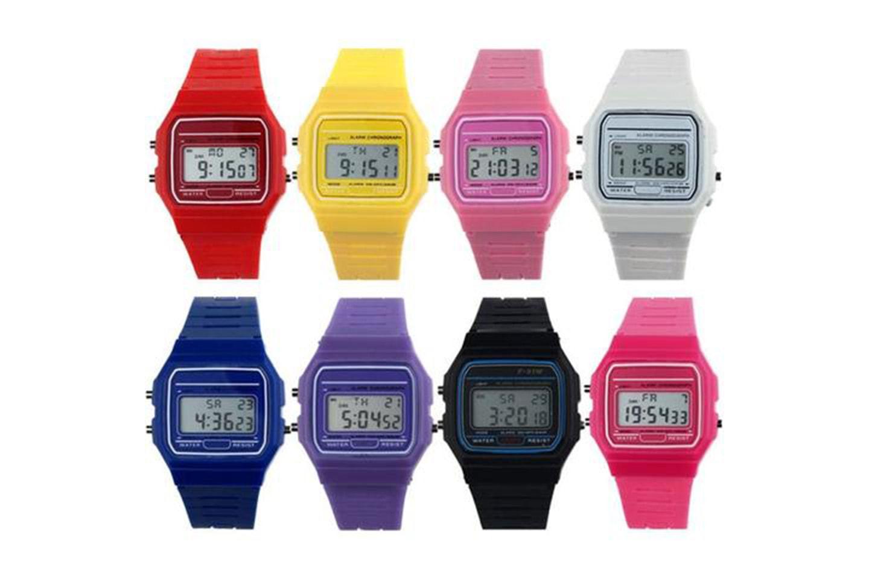 Digital klocka i retrostil