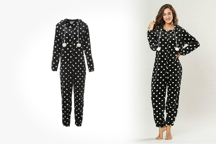 One-piece pyjamas