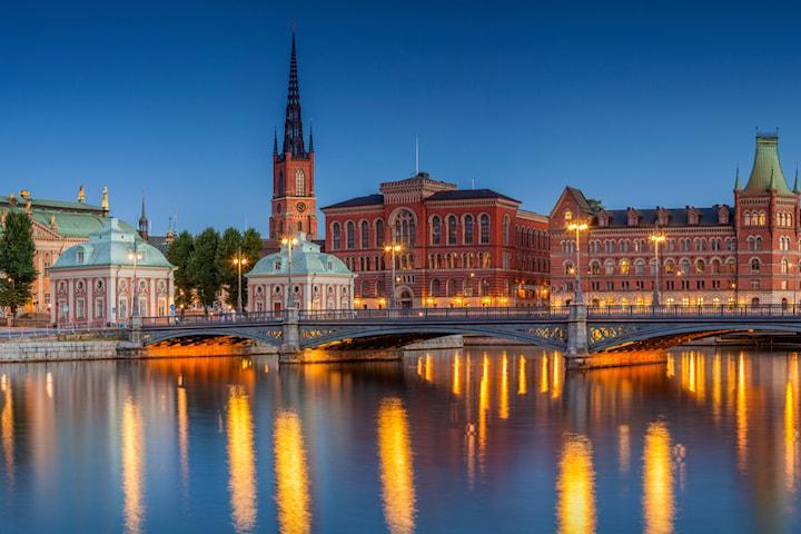 Hotellnatt för 2 i Stockholm inkl. välkomstdrink och fika
