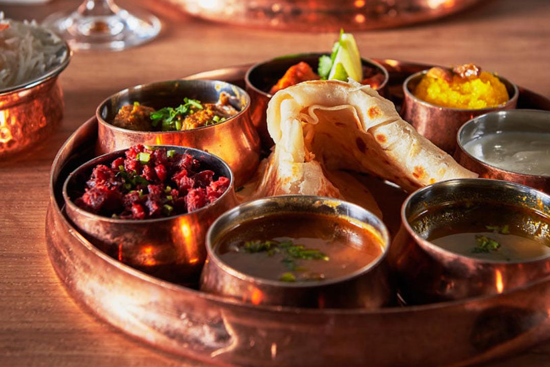 4-retters tasting meny, velg mellom vegetar eller kjøtt til 224,5 kr per person (1 av 6)
