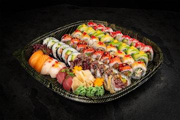 20, 40 eller 60 biter med eksklusive sushi kombinasjoner hos Sushimi Strandkaien