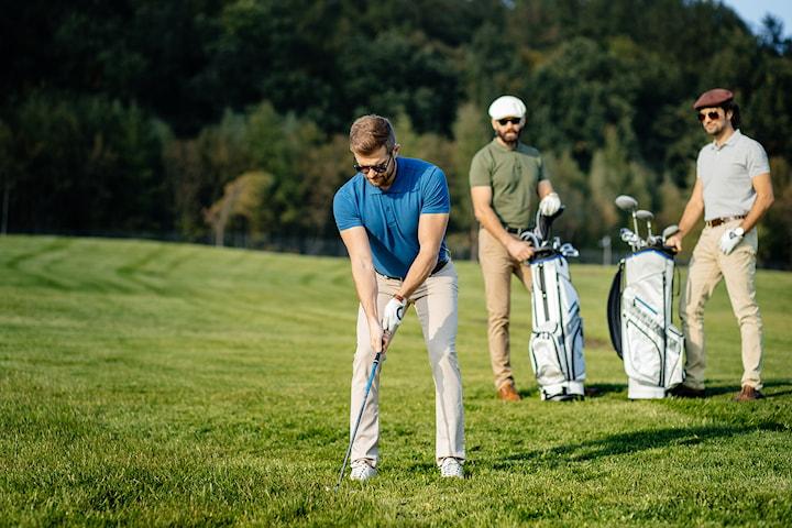 Golfkurs: Veien til golf inkl. alt utstyr