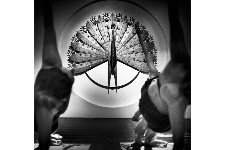 Träna Hot Yoga hos DuCalme