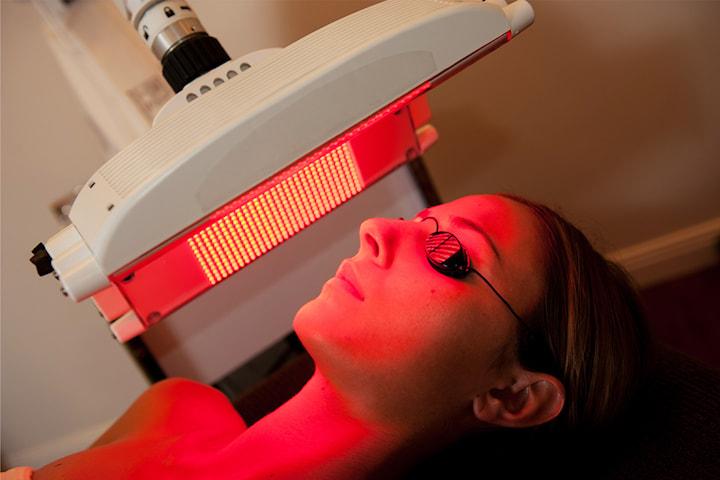 Boosta immunförsvaret med rödljusterapi