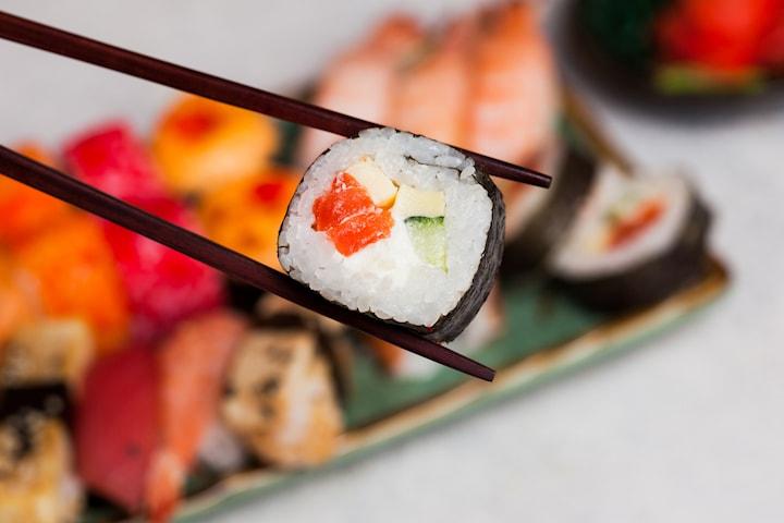 30 bitar take away-sushi på Södermalm