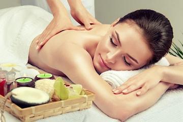 Få nydelig hot stone, aroma- eller klassisk massasje sentralt på Frogner