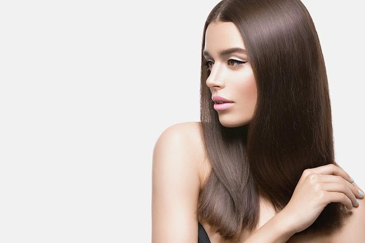 Få glatt, rett og skinnende hår med Nano Keratin hos Concept Hair