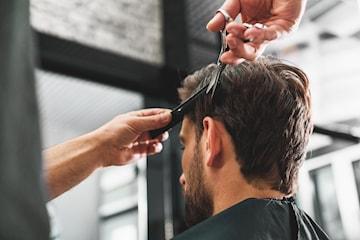 Klippning, skäggtrimning eller en kombo