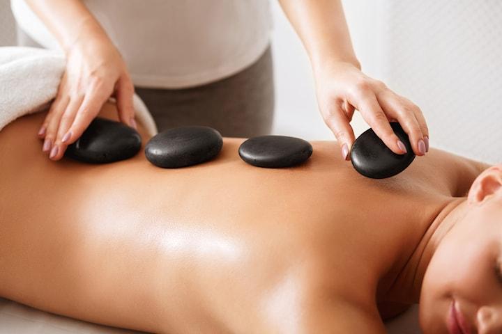 Hot stone hos Zvezdans massage, 60 minuter