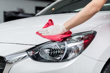 Få skinnende ren bil hos Tama Bilpleie