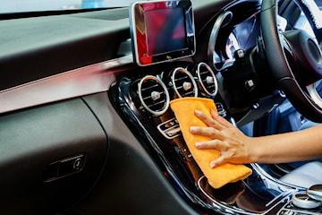 Oh! my Car, få full innvendig og utvendig vask der bilen din står parkert
