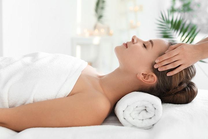 Avslappende Aromaterapi Massasje og Indisk Hodebunn Massasje utført av erfaren og sertifisert massøse