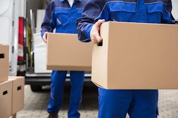 Perfekt Transport tilbyr profesjonell flyttehjelp, fjerning av søppel m.m