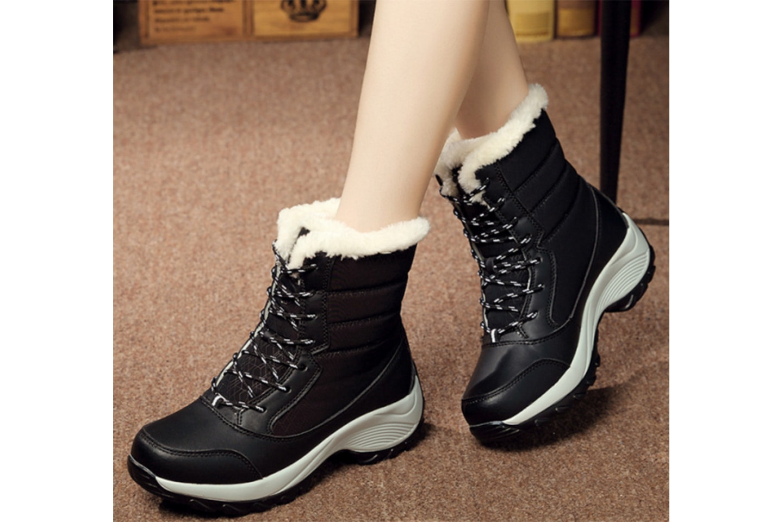Varmforet vinterstøvler til dame