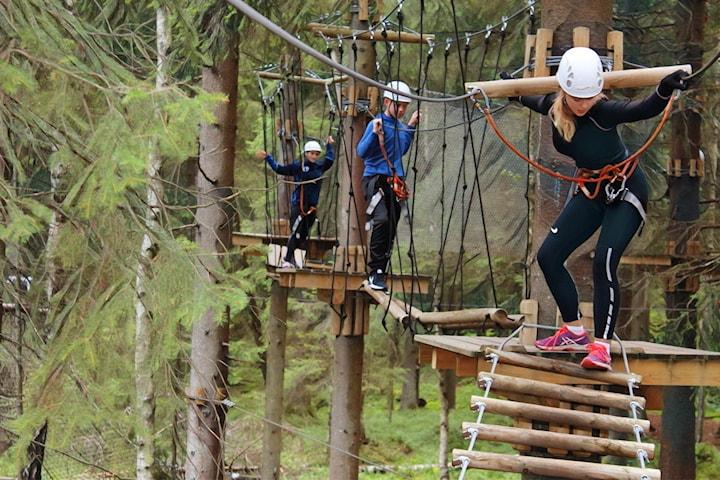 Begrenset antall billetter hos Oslo Klatrepark i Groruddalen