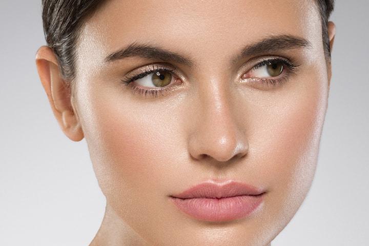Färgning av ögonbryn och fransar