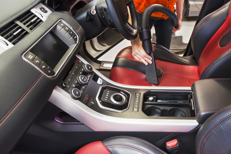 In- och utvändig biltvätt (1 av 1)