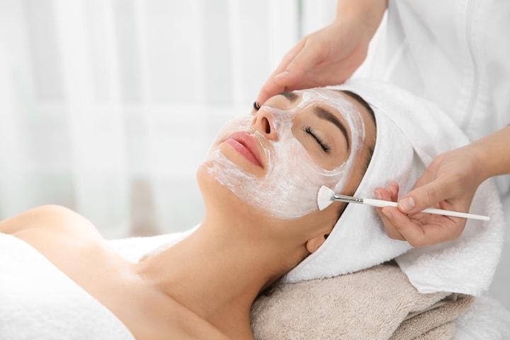 Onlineutbildning i avslappnande ansiktsbehandling