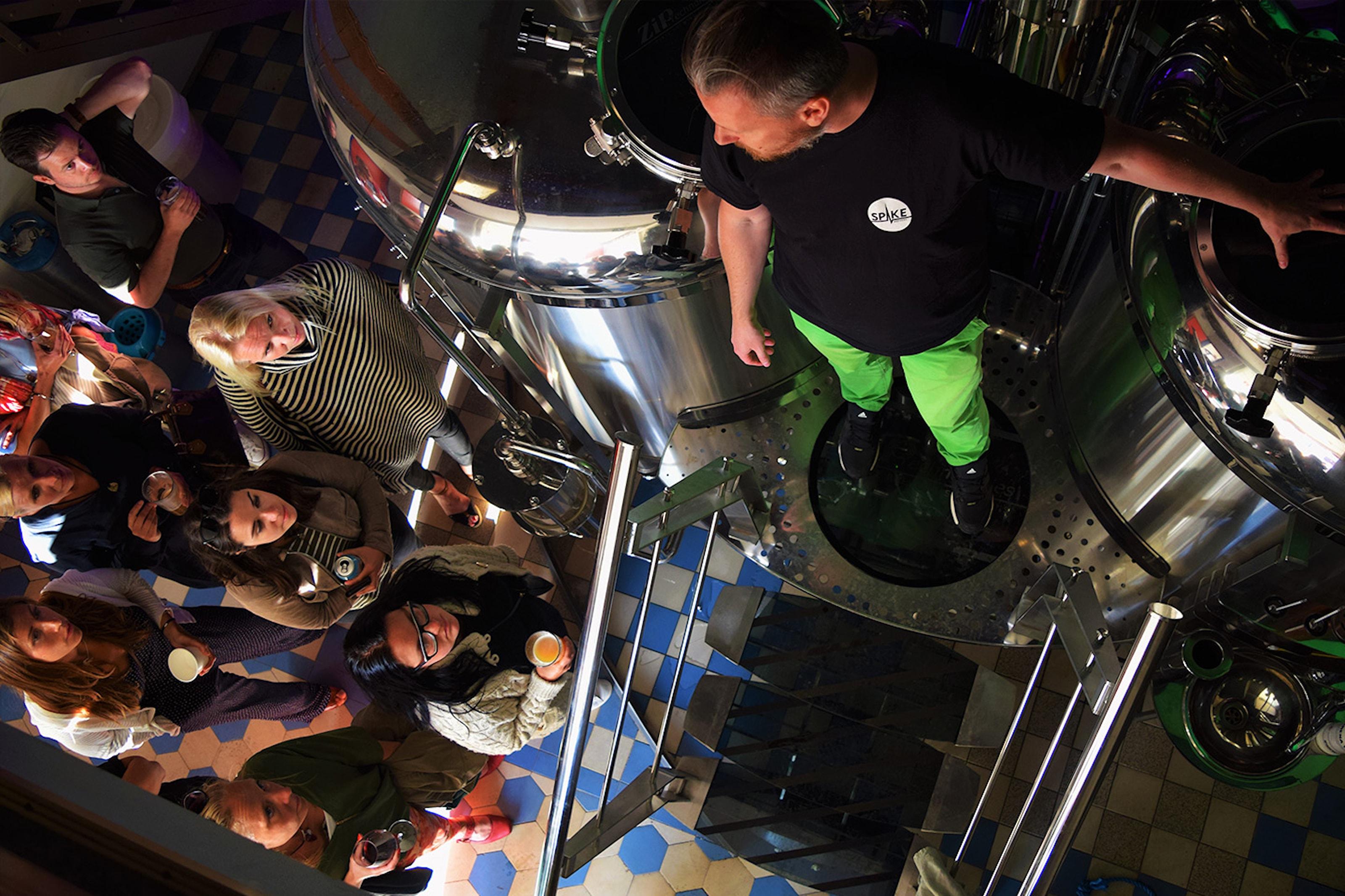 Ölprovning hos Spike Brewery