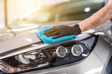 Profesjonell håndvask av bil hos Lørenskog Bilpleie og Bilglass