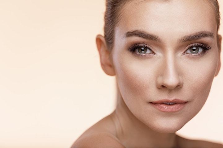 Icke-kirurgiskt ansiktslyft hos Louise Labero
