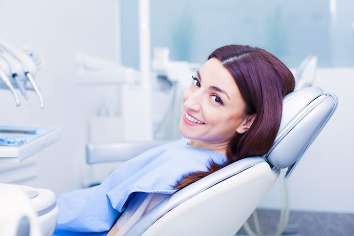 Tandvårdspaket hos tandläkare Marie de Neergaard