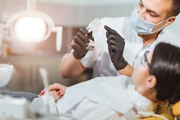 Tandundersökning av Tandläkare Niclas Bergström
