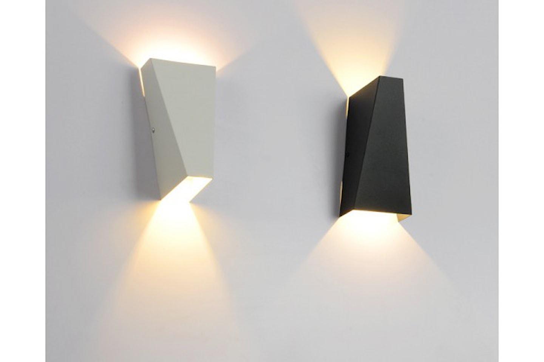 Moderne lampe med LED-lys