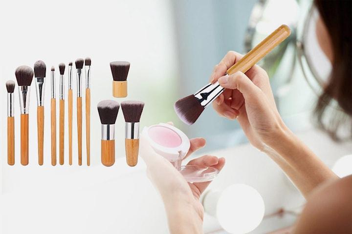 Sett med 11 makeup-børster i bambus