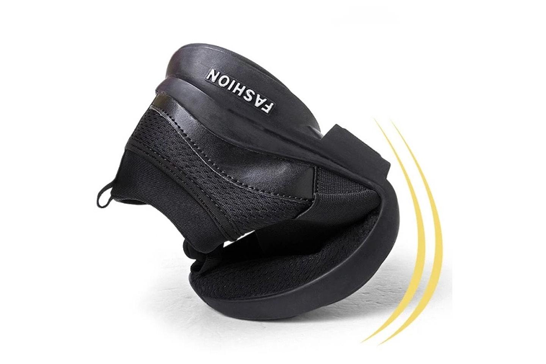 Sneakers i andningsbart material