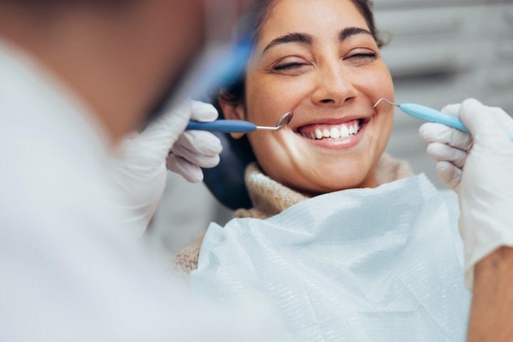 Komplett tannlegeundersøkelse hos Strømmen Tannklinikk Pluss