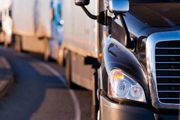 Intensivkurs för lastbilskörkort med YKB