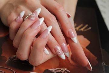 Nytt set akrylnaglar hos Fairies Nails & Beauty