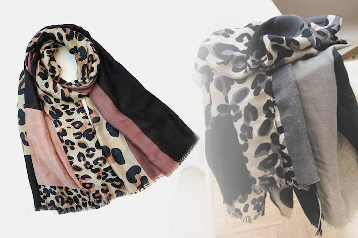 Scarf med leopardprint