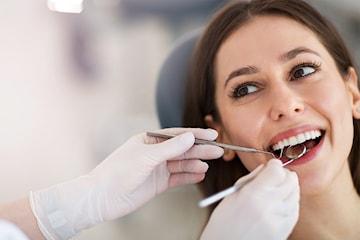 Komplett tannlegeundersøkelse hos Tannlege Mariken