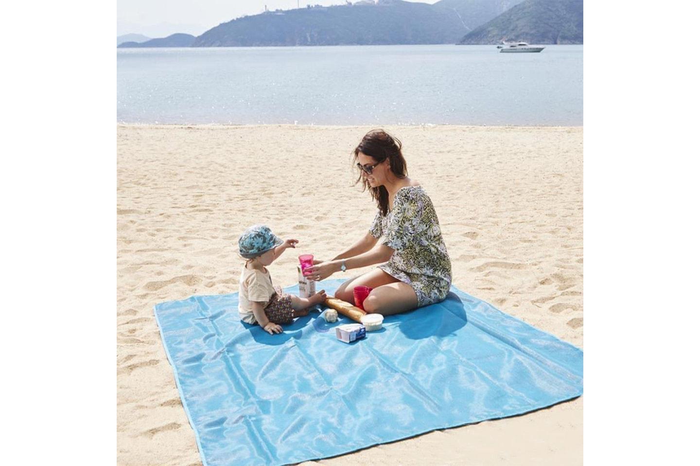 Troligen sommarens bästa strandfilt
