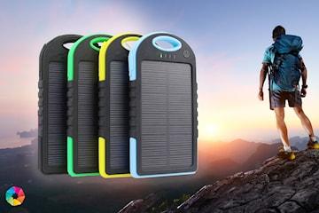 Powerbank med 2 uttag och solceller