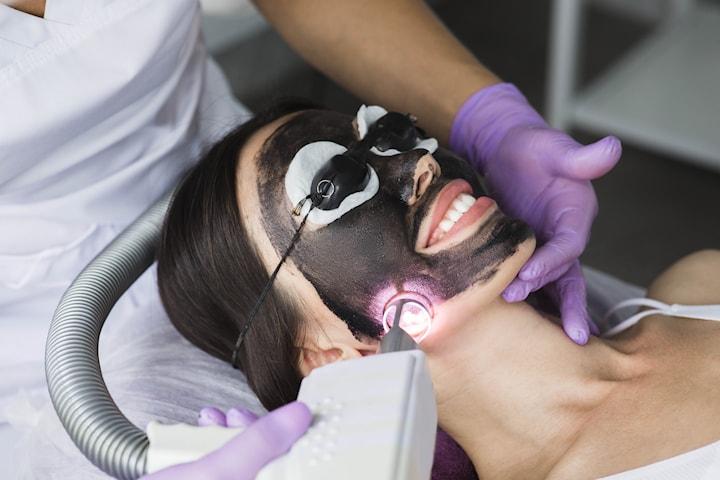 Ansiktsbehandling med carbon laser peeling