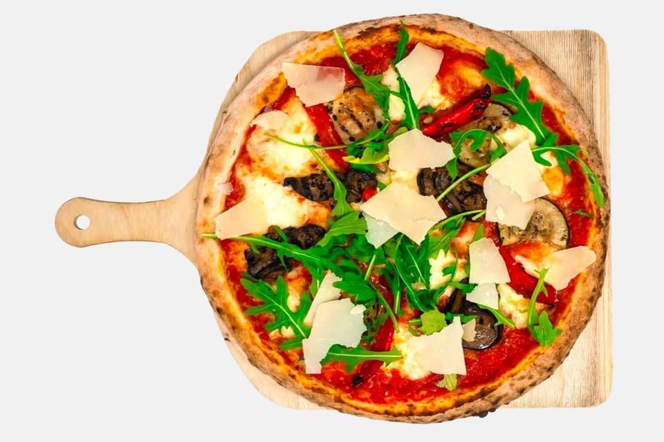 Valfri pizza hos Fredo's Pizzagastronomia (1 av 4)
