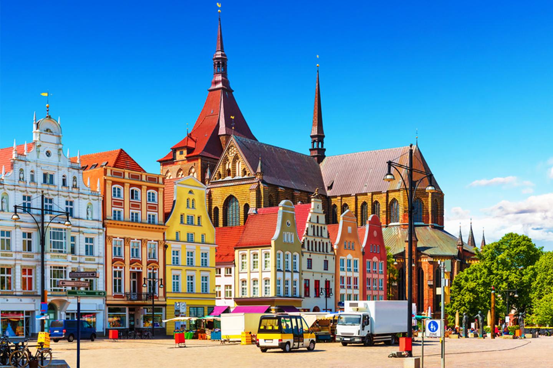 Rostock: Hotellpaket för 2 med TT-Line –gäller hela 2020 (1 av 7)