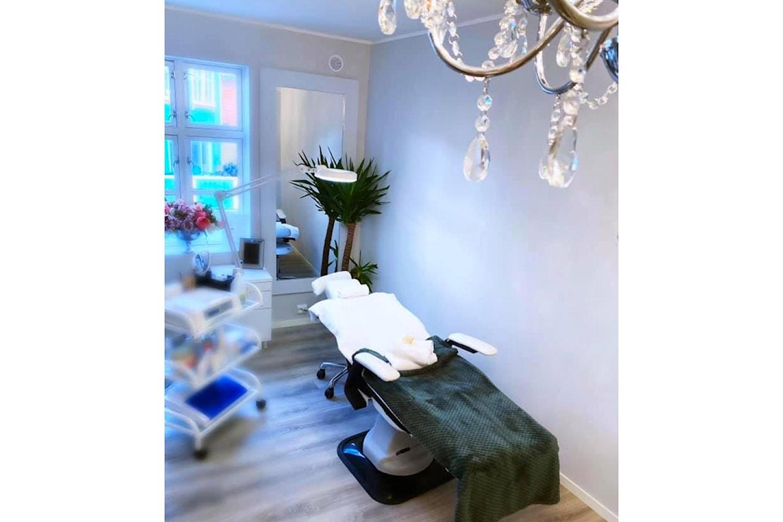 60 minutters akupunktur hos Norwegian International Beauty Academy