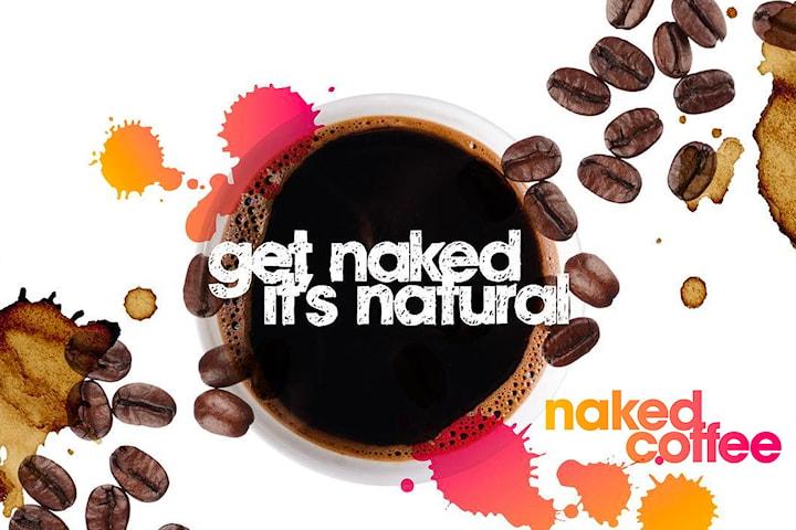 Kaffe med muffin eller rawboll hos Naked Juicebar