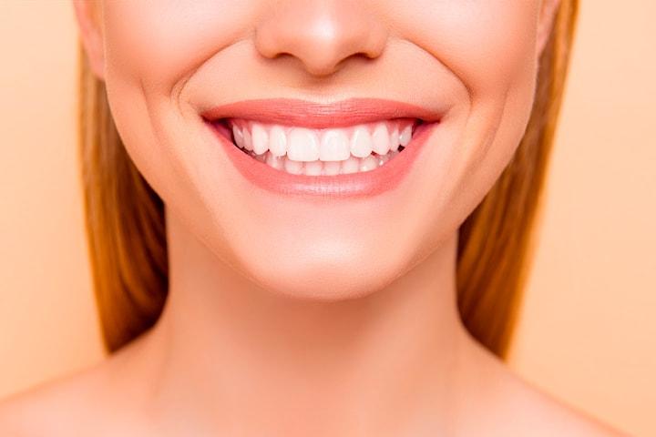 Få et hvitere smil med tannbleking inkl. full undersøkelse