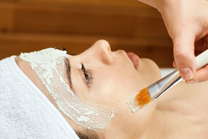 Ansiktsbehandling med kemisk peeling  inkl. mask och massage i Kungsbacka