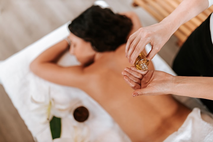 Valgfri thai-massasje i 60, 90 eller 120 minutter hos Orawan Terapi