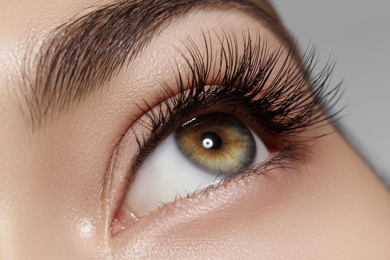 Fylligare fransar med lash lift-behandlingar (1 av 2)