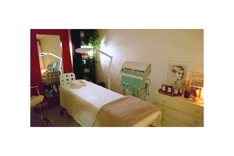 Ansiktsbehandling SkinliftPRO hos Skin & Beauty på Torshov