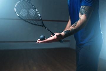 Spela squash i sommar hos Intersquash