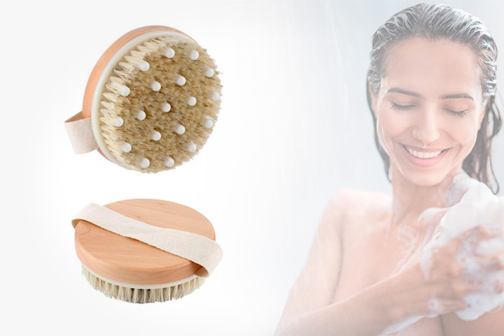 Eksfolierende børste til dusjen